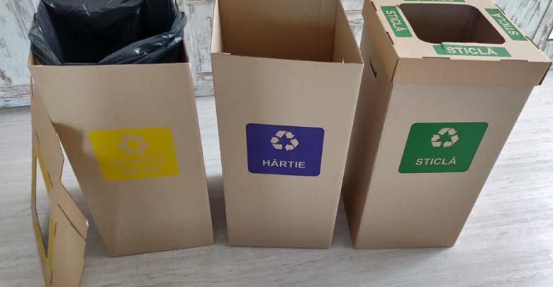 Photo of Aruncăm plasticul, metalul, hârtia, sticla și cartonul la coșul din plasă metalică. Care este drumul acestor deșeuri?