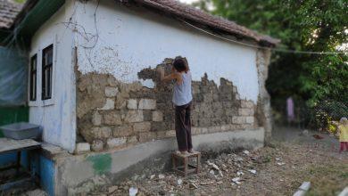 Photo of Jurnal din sat. Dăm jos tencuiala, pregătim căsuța pentru consolidare și renovare